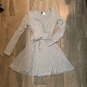 💗 5 for $25 HM Gray flare dress